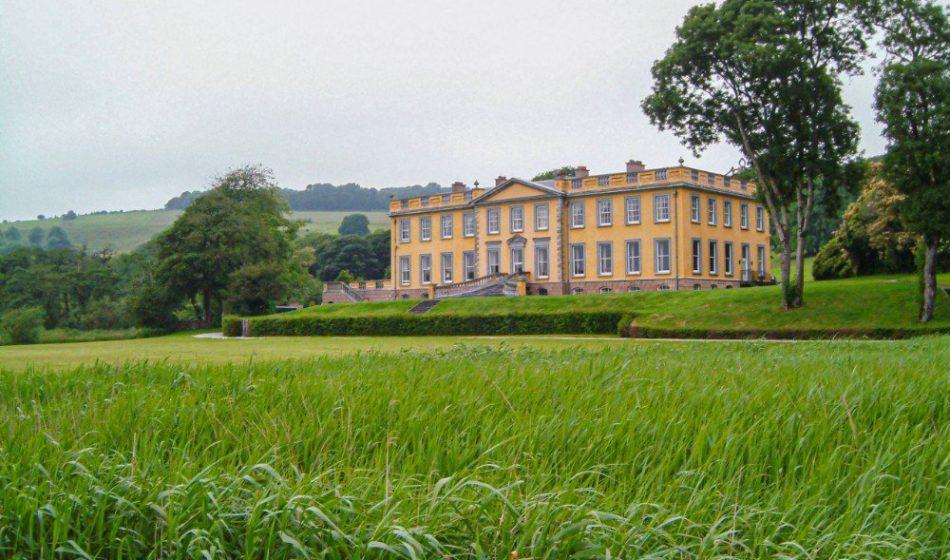 Ballynatray Estate - Front Lawns