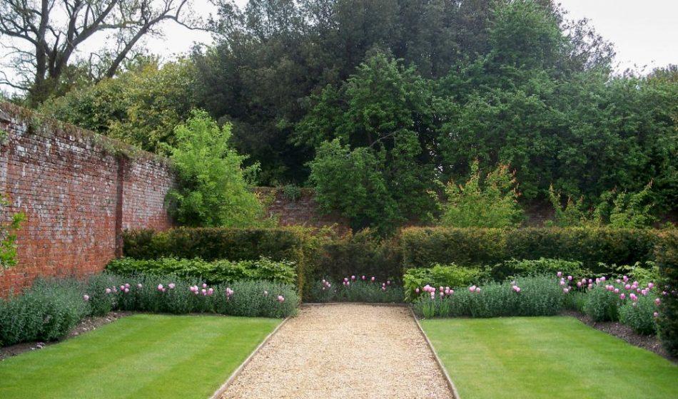 Broadlands Estate Hampshire - Formal Walkway