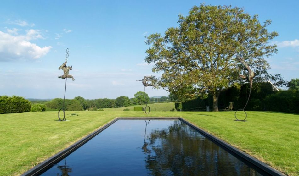 Farmhouse West Sussex - Contemporary Design Pond