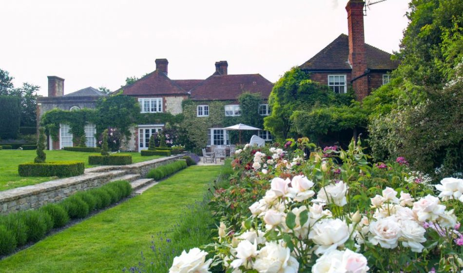 Farmhouse West Sussex - Formal Lawns and Rose Beds