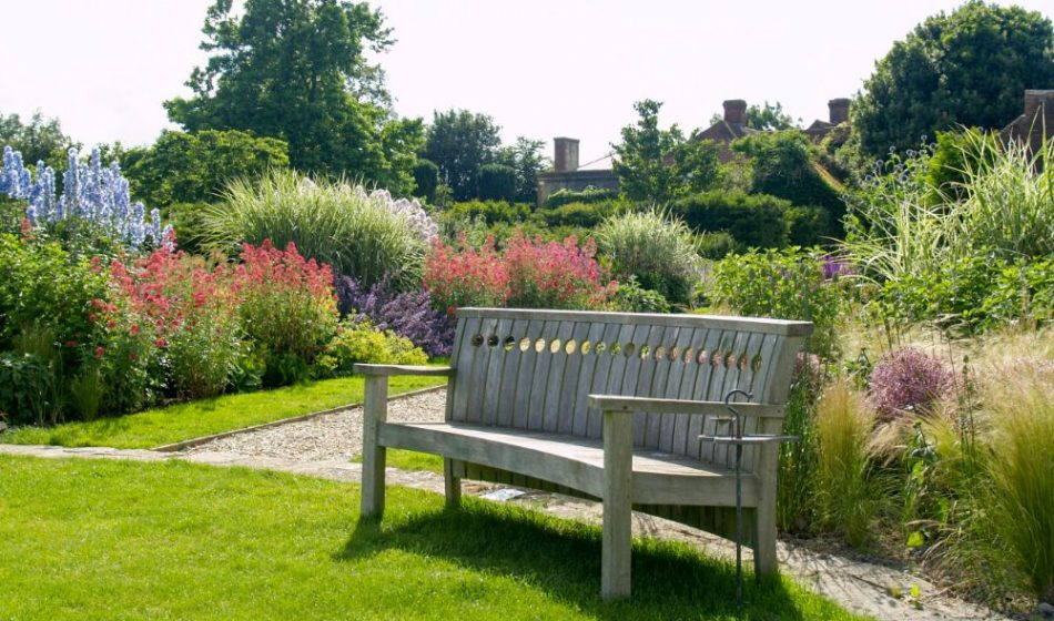 Farmhouse West Sussex - Garden Bench