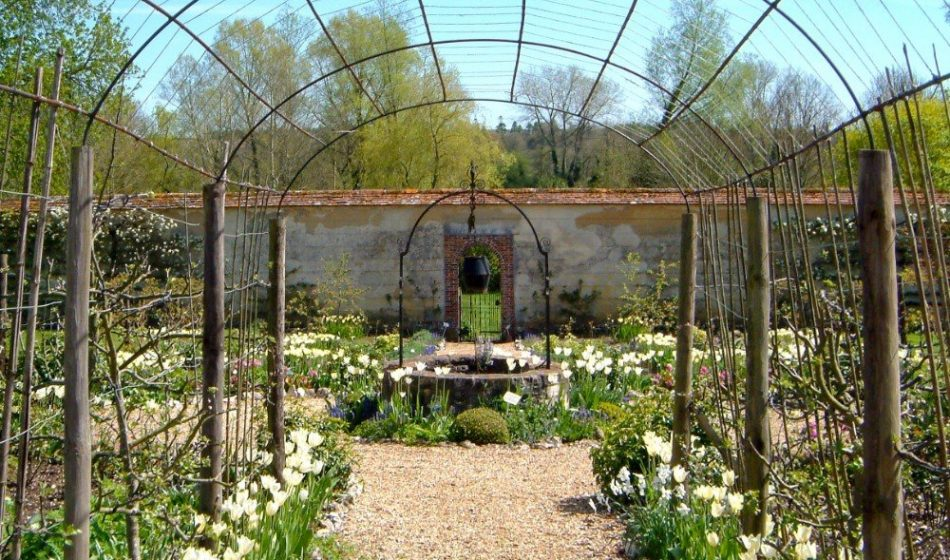Houghton Lodge Hampshire - Planting and Archway