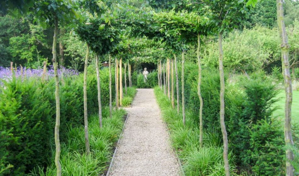 Old Rectory Berkshire - Linked Pathway