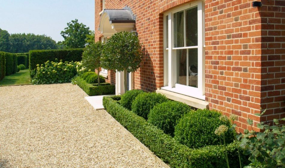 Victorian House, Hampshire - Entrance and Driveway