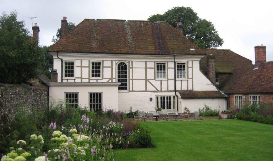 Village House Hampshire - Rear Garden Design
