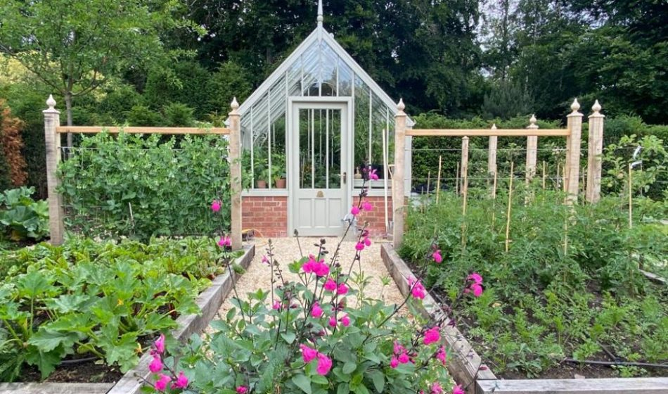 Country House, East Berkshire - Greenhouse with Raised Beds