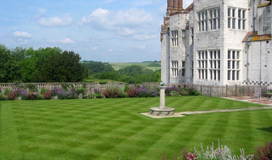 Marsh Court Hampshire - Formal Lawns