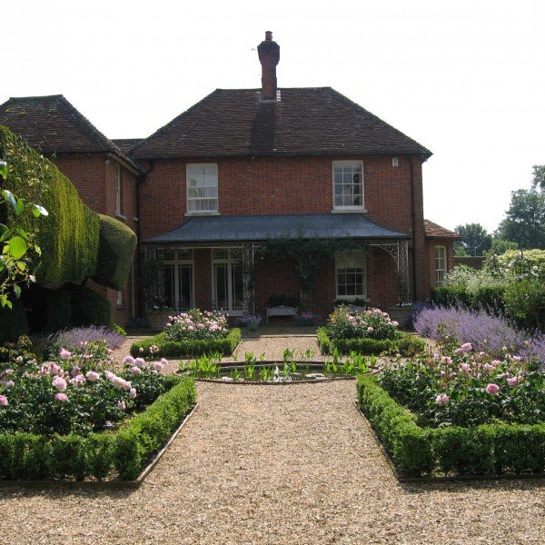 Box Parterre with Roses