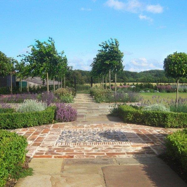 Flint Detail Garden Path